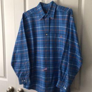 Button down collar casual shirt